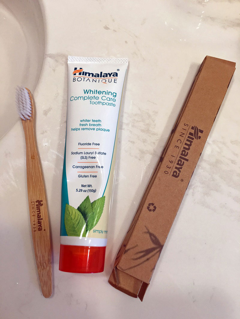 After having health issues, I began to swap out conventional products for healthier alternatives. Fluoride-free Himalaya Botanique Complete Care Toothpaste is also gluten free. Review #ad #momsmeet