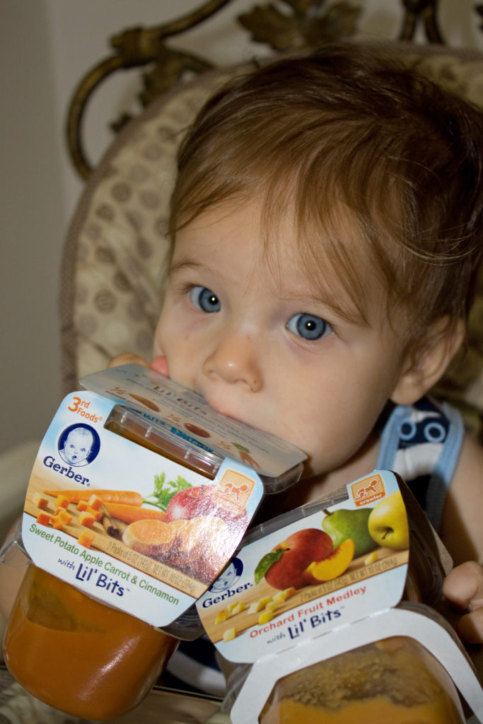 feed baby solids Gerber Lil' Bits