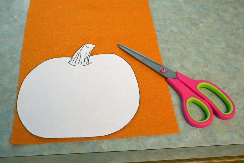 pumpkin template on felt