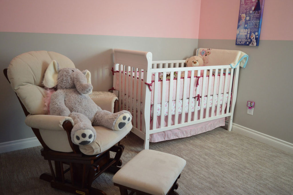 prepare baby's nursery while still pregnant
