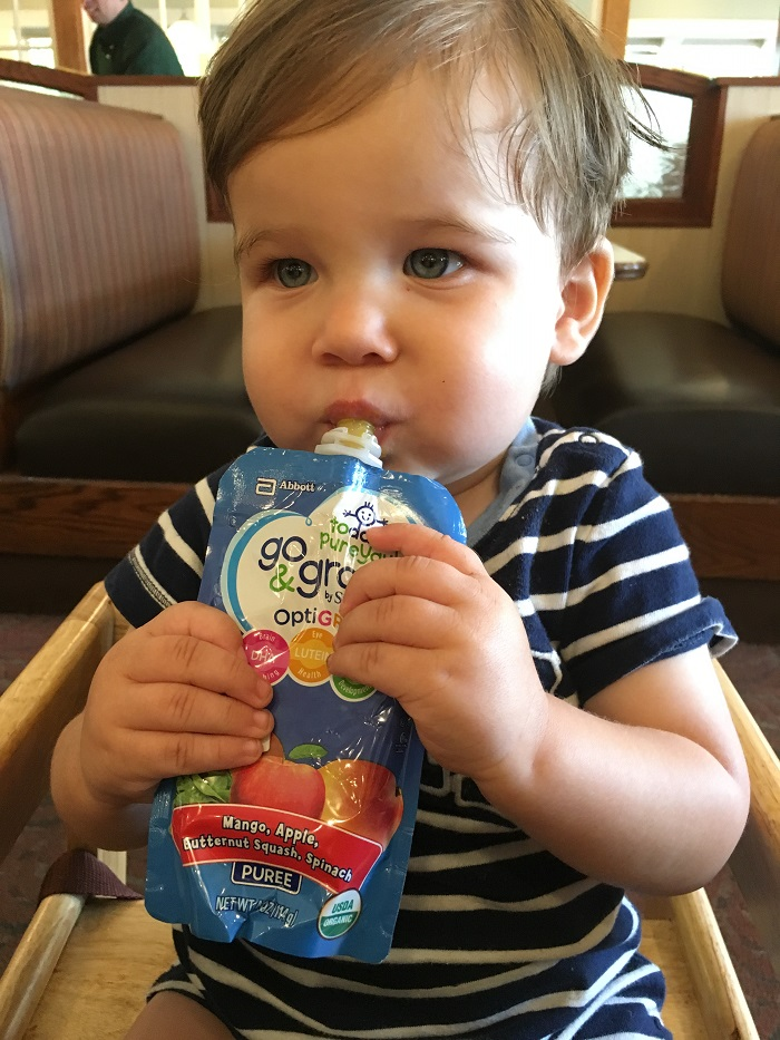 Dining out with Go & Grow by Similac pouches #Go&GrowatWalmart #ad   www.sahmplus.com