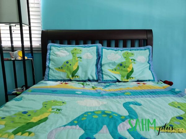 A child's bed made up | age appropriate chores for 6 and 7 year olds