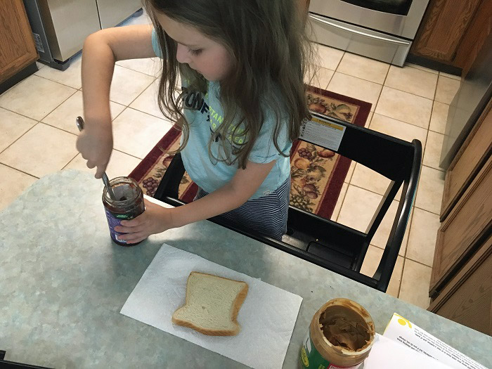 One key to packing school lunches your child will actually eat: have them make their own lunches | www.sahmplus.com