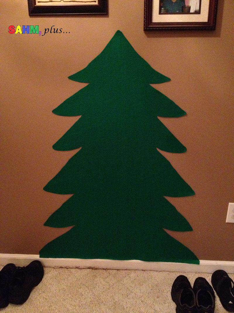 the toddler felt christmas tree has been cut, ready for felt ornaments | www.sahmplus.com