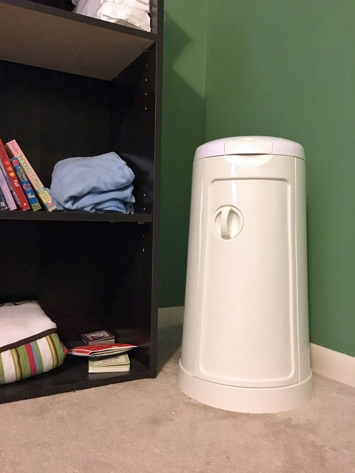baby items I couldn't live without | diaper pail | www.sahmplus.com