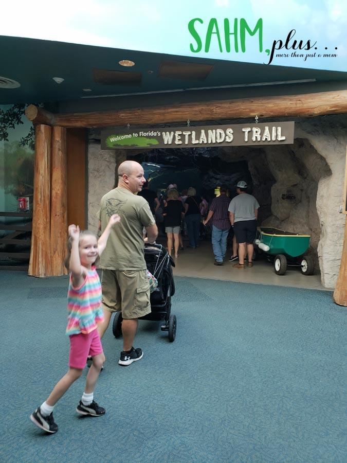 Daughter really excited about visiting The Florida Aquarium | sahmplus.com