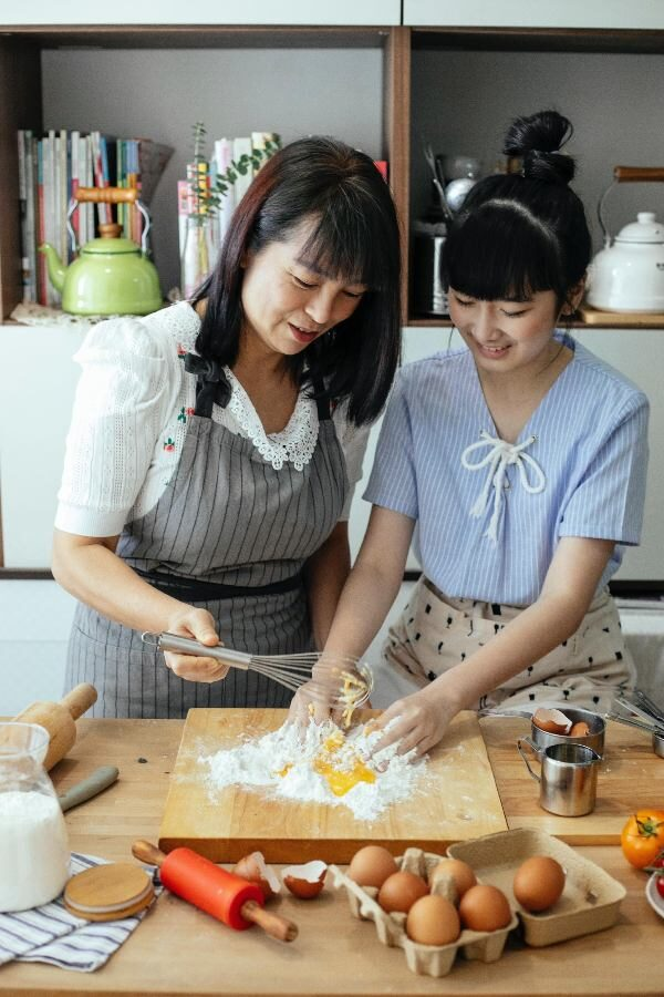 mother cultivating an interest in entrepreneurship for her child