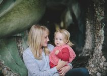 Being an introverted mom is extroverted work | www.sahmplus.com