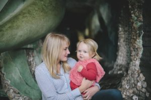 Being an introverted mom is extroverted work   www.sahmplus.com