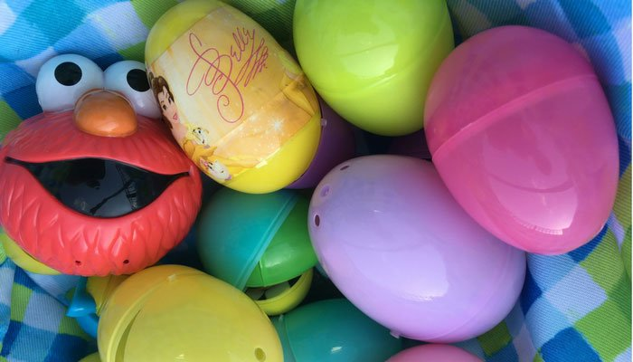 Candy-free Easter basket and egg stuffers that will make everyone happy | www.sahmplus.com