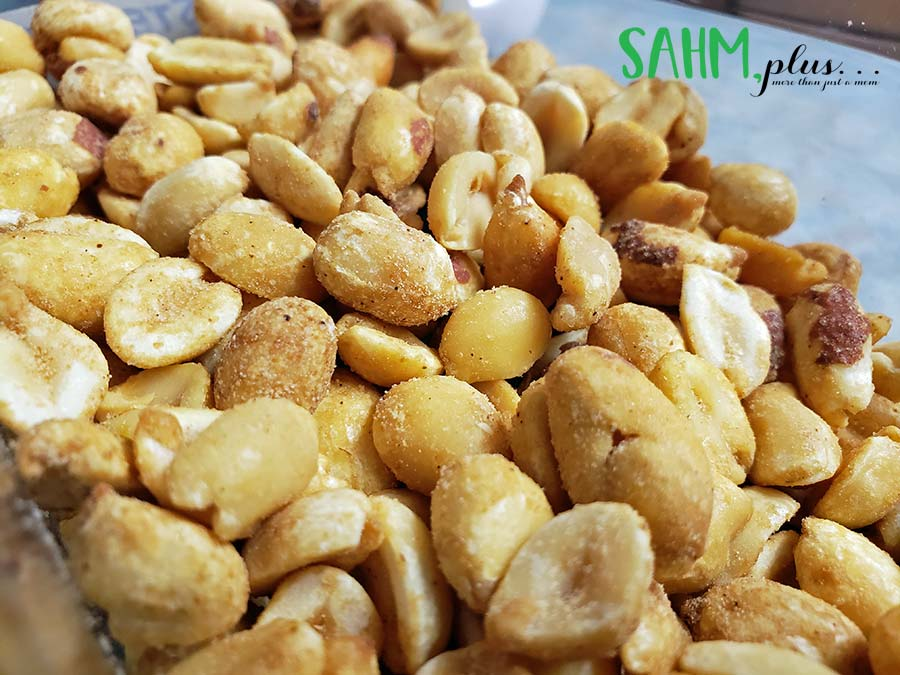 peanuts may be a food to avoid during pregnancy | sahmplus.com