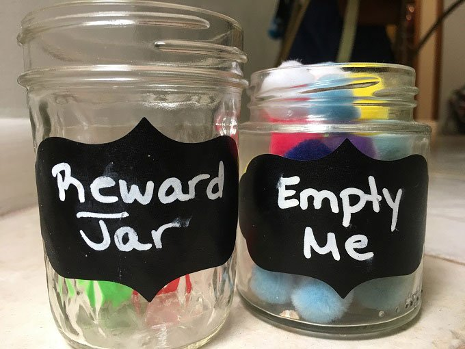 Why you should be using a reward jar when instilling a consequence jar to manage a child's behavior. | www.sahmplus.com