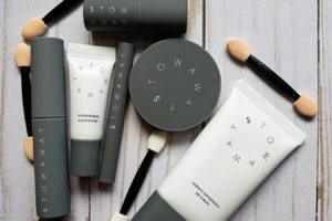 Stowaway Cosmetics Flat Lay image | sahmplus.com