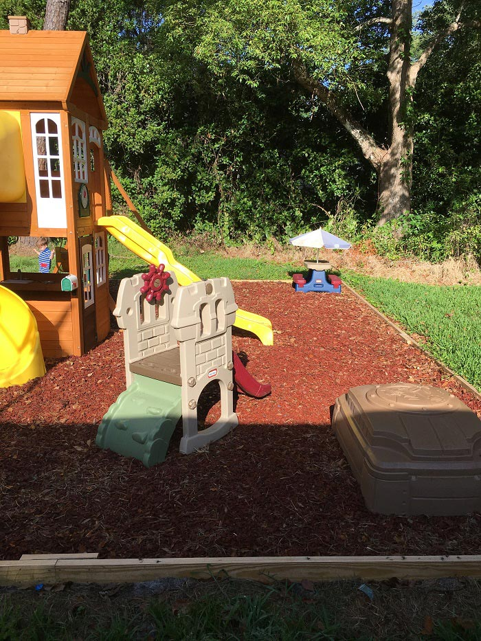 What do you need for an awesome outdoor summer play space? Check out this list! www.sahmplus.com