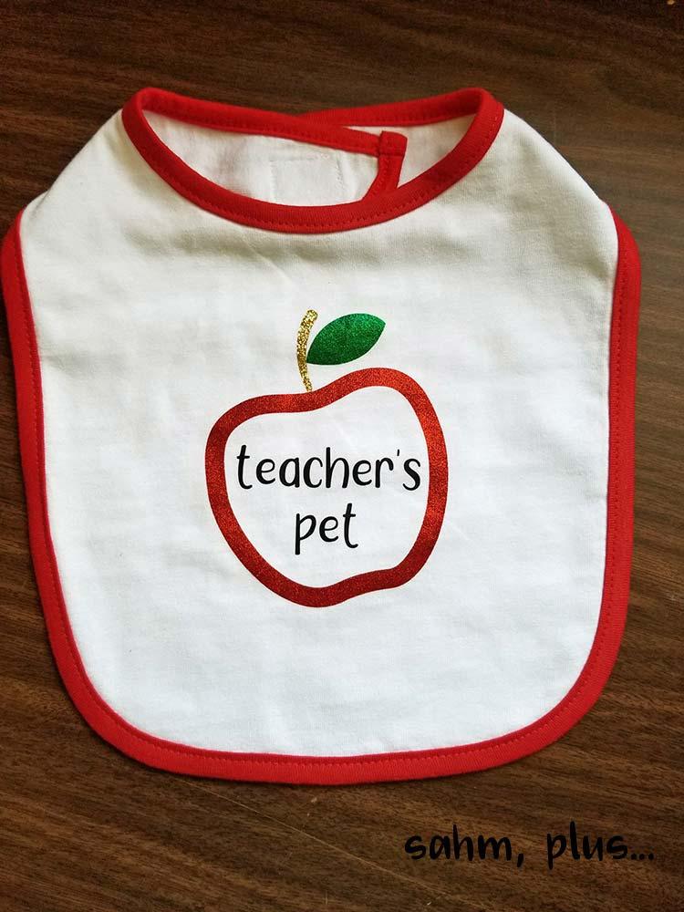 Teacher's pet custom baby bib | www.sahmplus.com