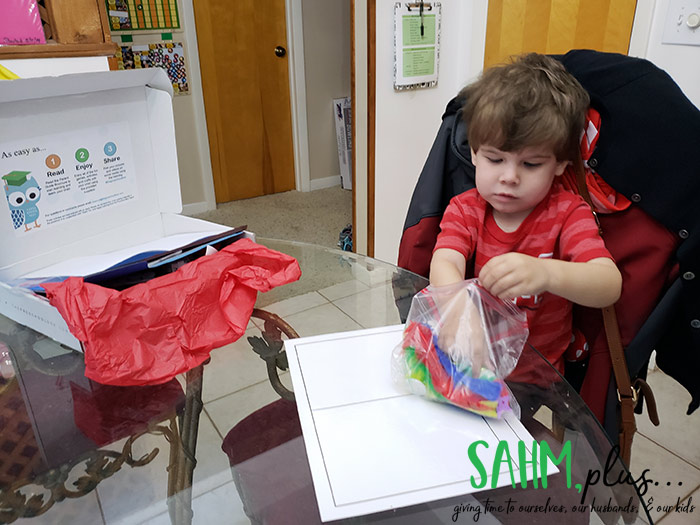Child using sorting mat from The Preschool Box