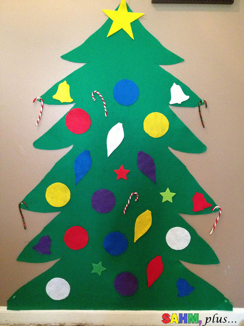 Toddler felt Christmas tree complete with felt ornaments and candy canes | www.sahmplus.com