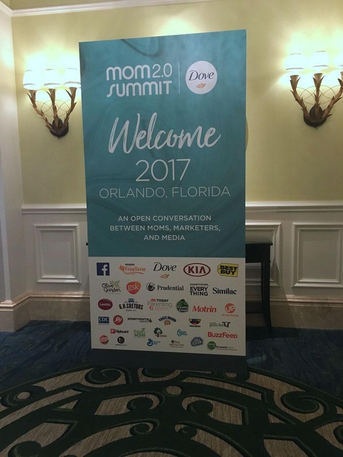 Welcome to Mom 2.0 Summit 2017 | takeaways from Mom 2.0 2017 | www.sahmplus.com